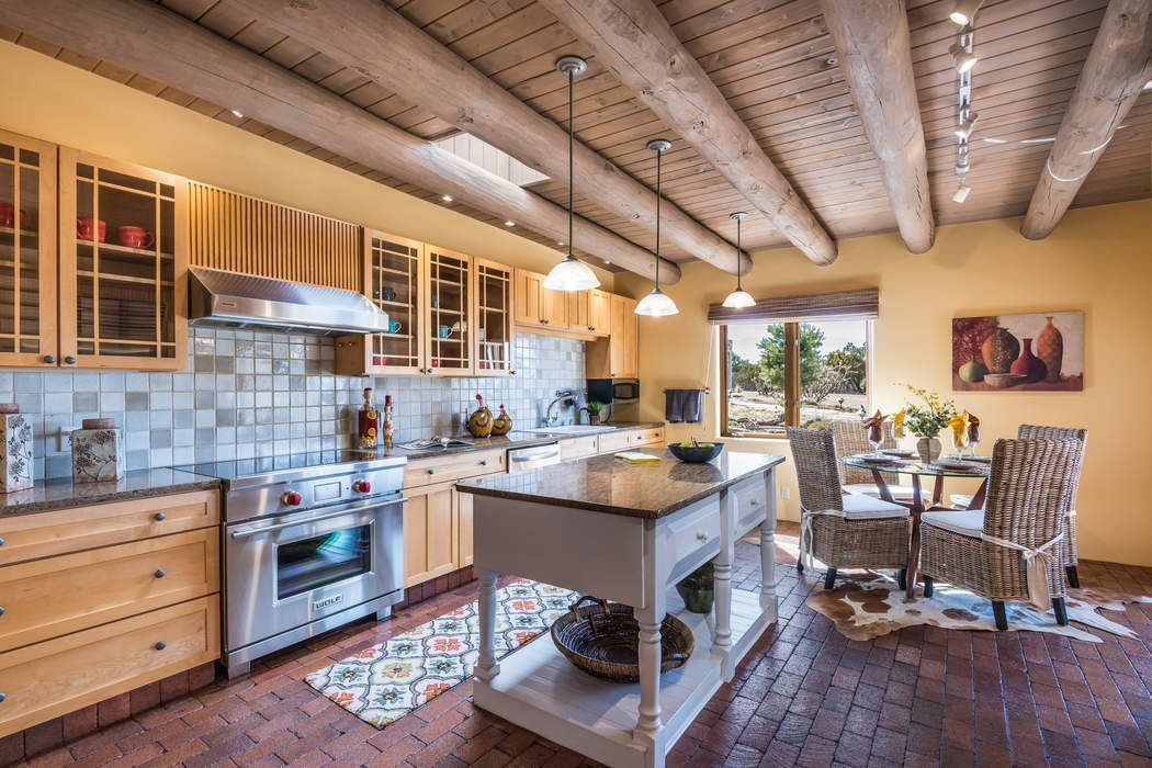 Gourmet KItchen for cooking and entertaining