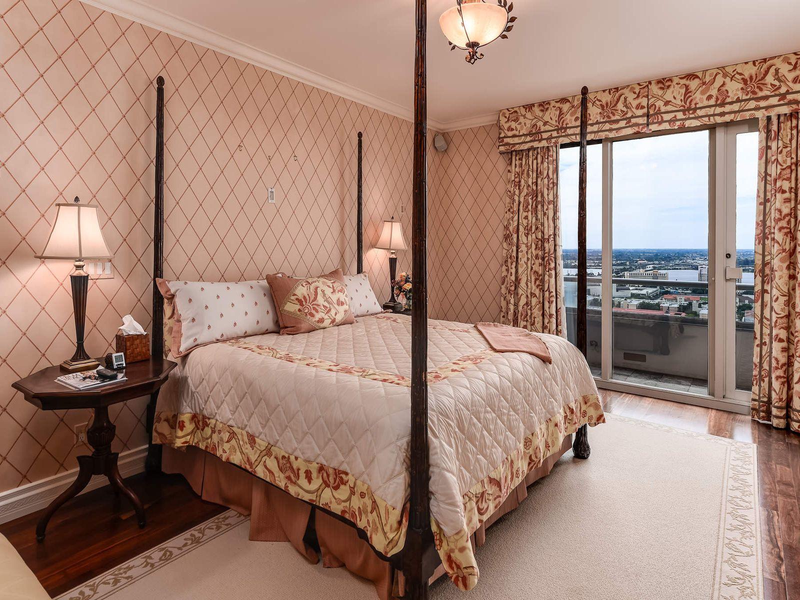 Trump Plaza Penthouse - Sotheby's International Realty