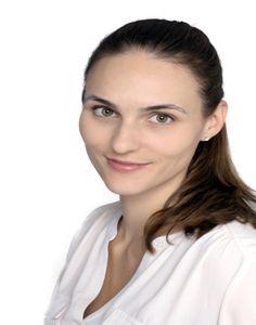Adrianna Nava