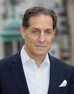 Peter J Goldman