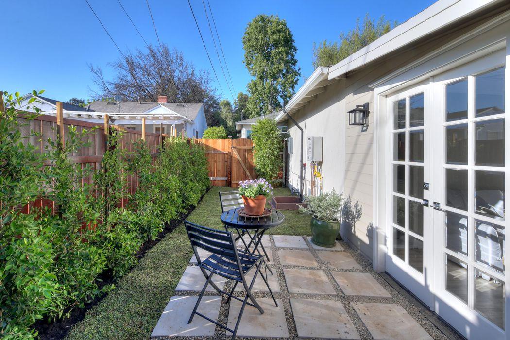 2416 Monte Vista Street Pasadena, CA 91107