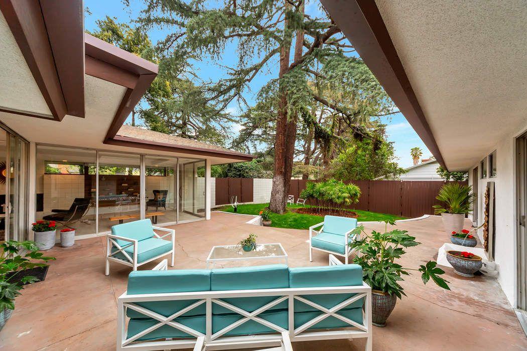2610 Deodar Circle Pasadena, CA 91107