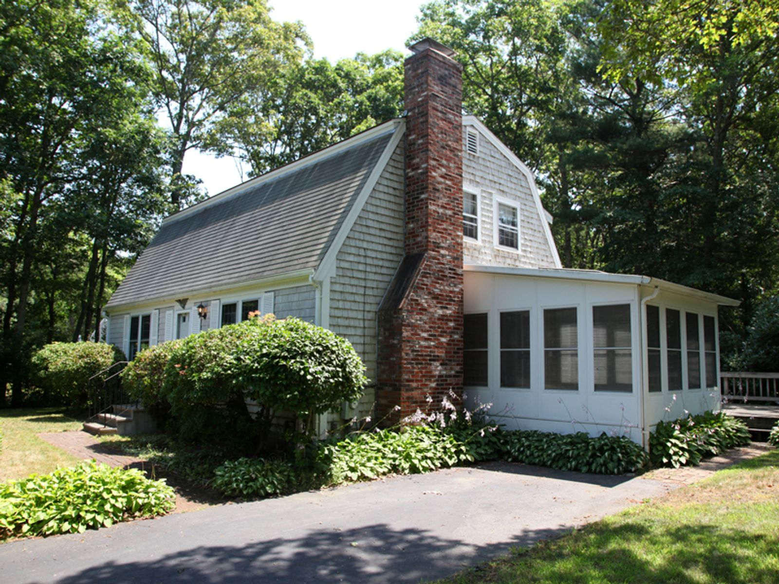 singles in east falmouth Search all available real estate listings currently on the market in east falmouth, ma contact robert paul properties today for more details search all available real estate listings.