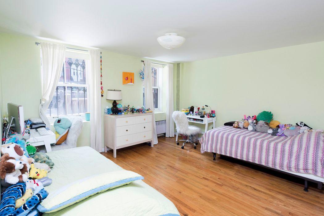 468 Henry Street Brooklyn, NY 11231