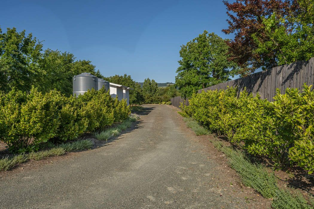 18707 Carriger Rd Sonoma, CA 95476