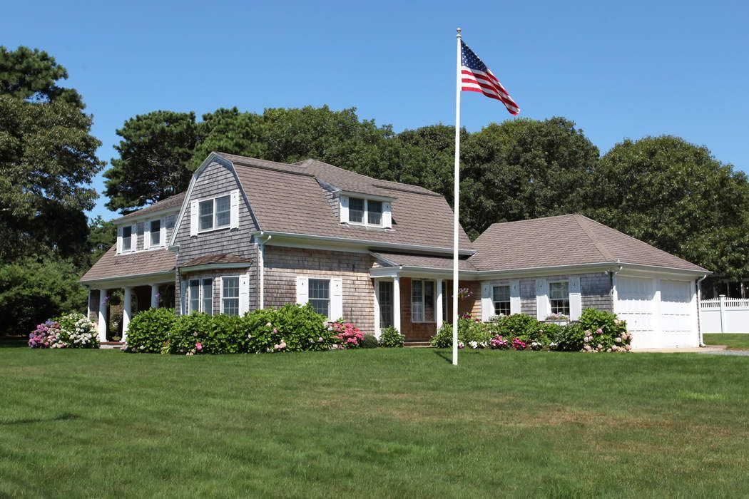15 Bayberry Road, East Falmouth, MA