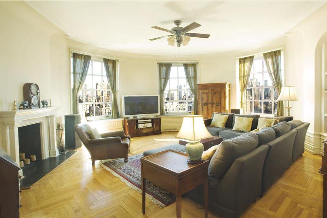 The Ansonia Historical Turret Apartment New York Ny 10023