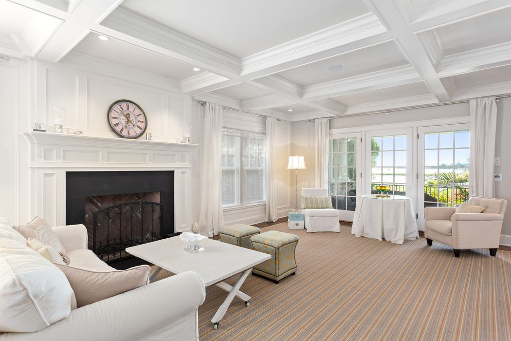 11 Nawthorne Road Old Greenwich, CT 06870