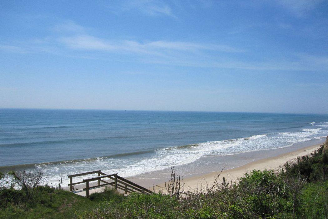 88 Surfside Ave Montauk, NY 11954
