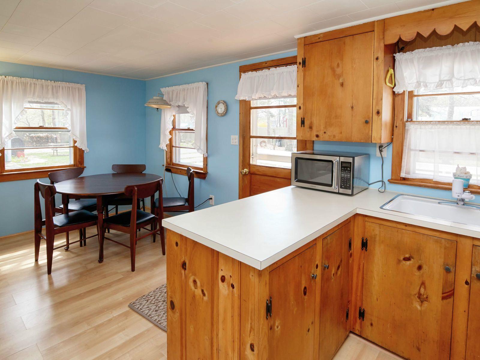 Seacoast Shores 3-Bedroom Ranch