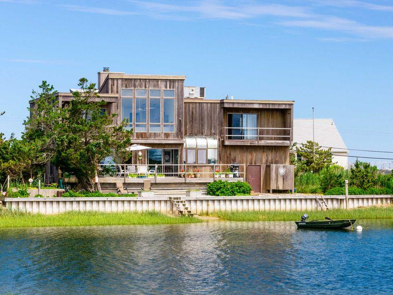 Bulkheaded Waterfront Home w/Tennis