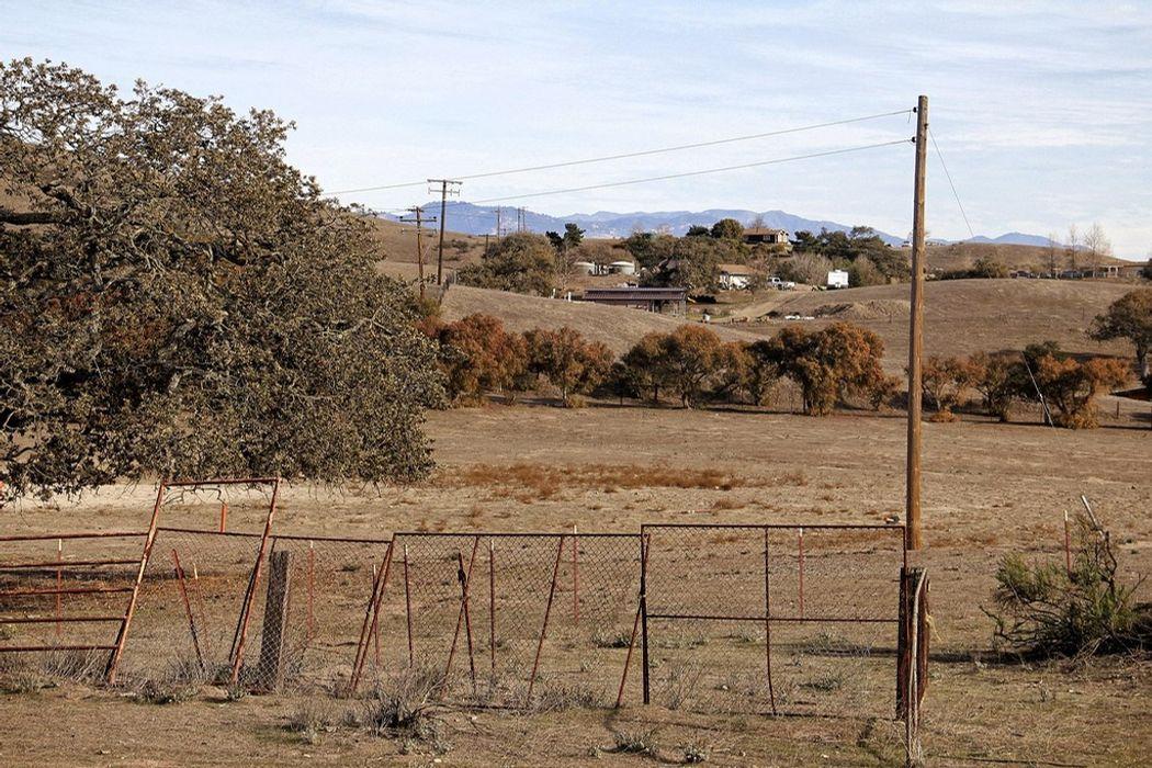 9040a Highway 101 Los Alamos, CA 93440