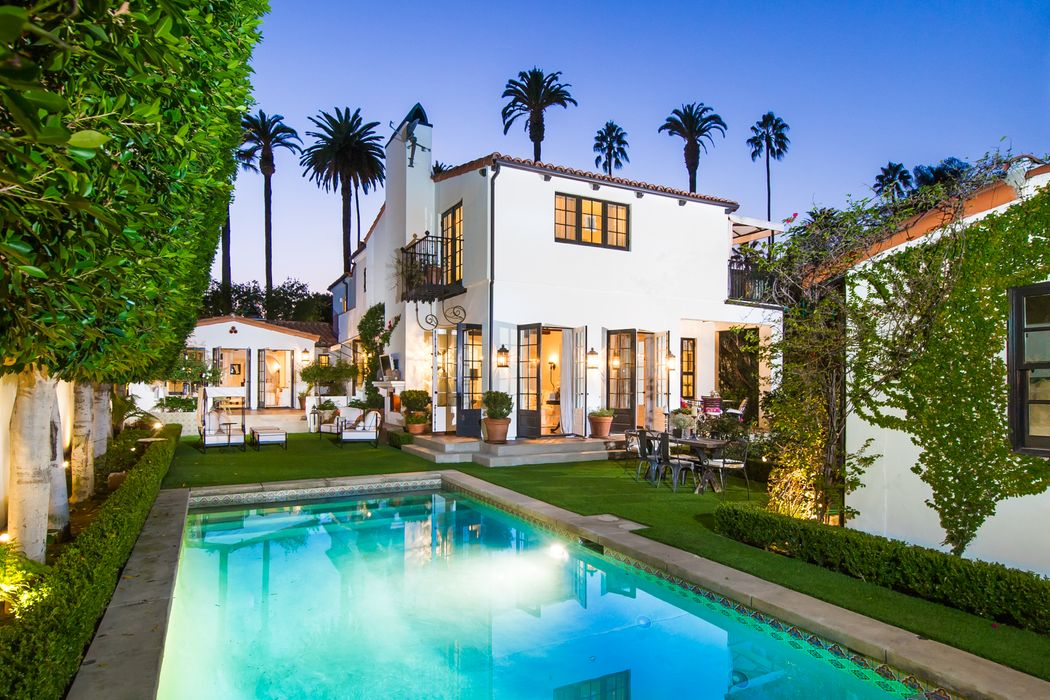 510 N Hillcrest Road Beverly Hills, CA 90210