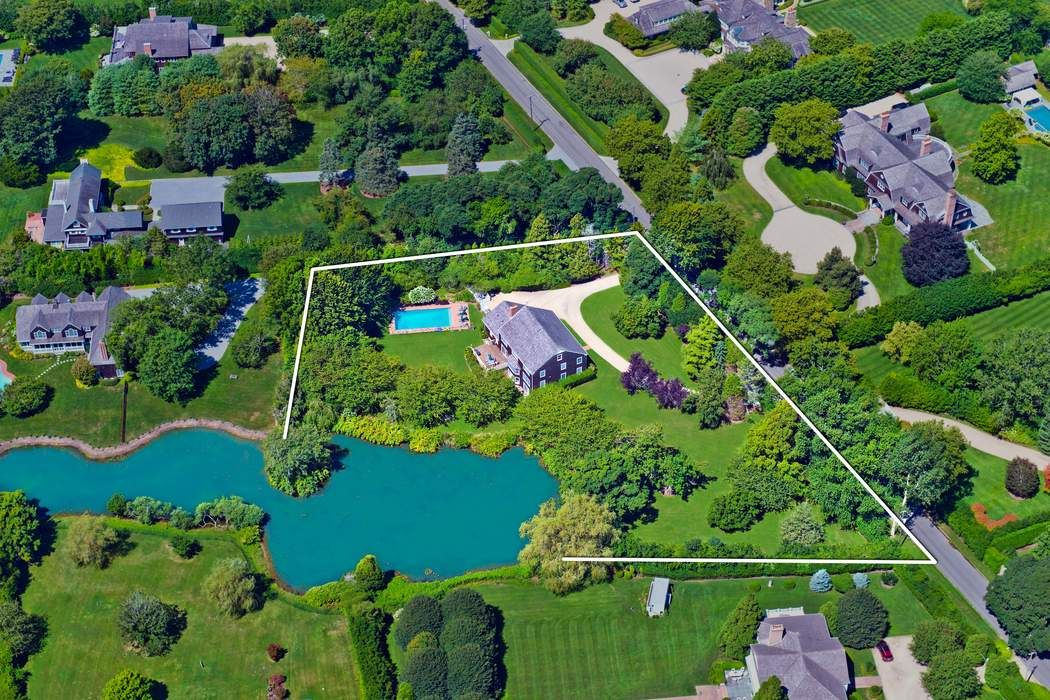 370 Great Plains Road Southampton, NY 11968