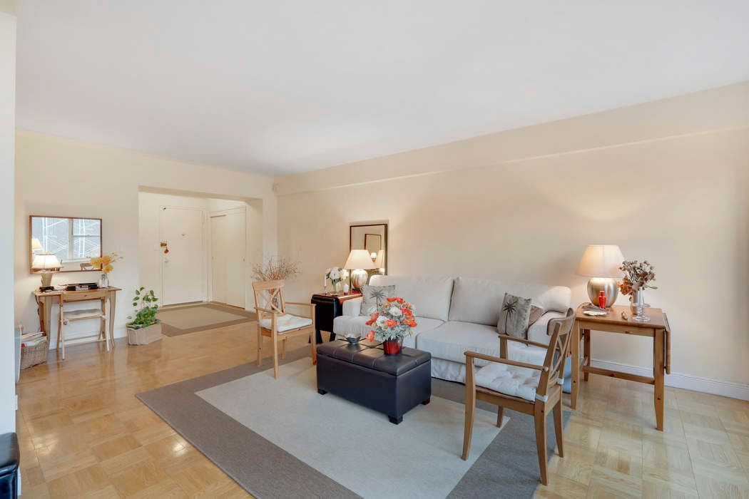20 East 68th Street, Apt. 6D
