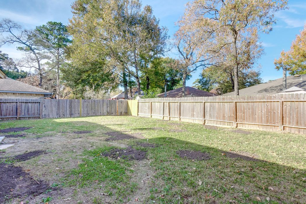 2519 Meandering Trail Kingwood, TX 77339