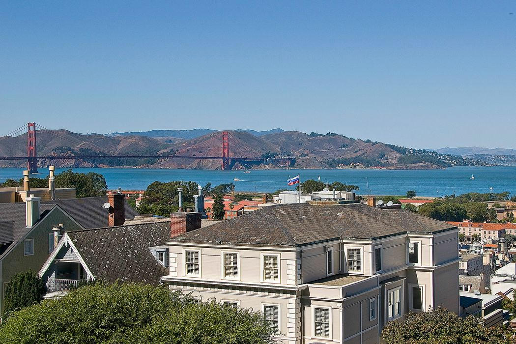 Pano Golden Gate View Home