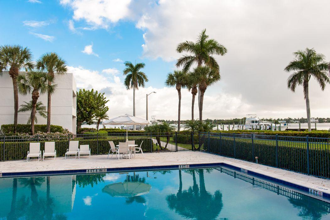 3701 S Flagler Dr West Palm Beach, FL 33405