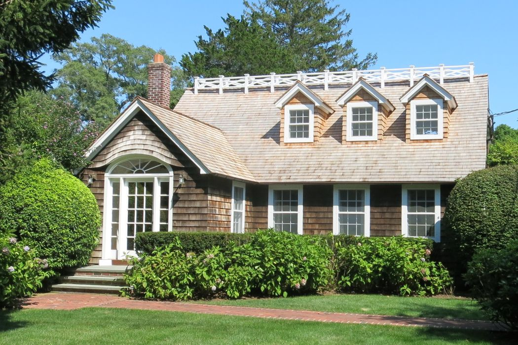 East Hampton Village Stunner