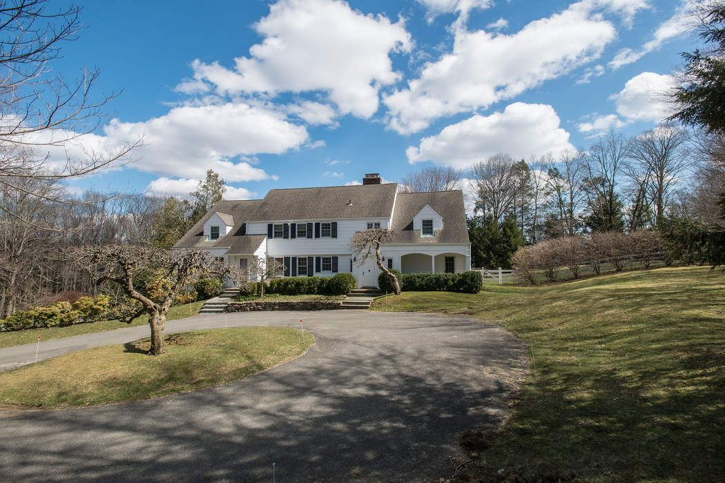 50 Burying Hill Road Greenwich Ct 06831 Sotheby S