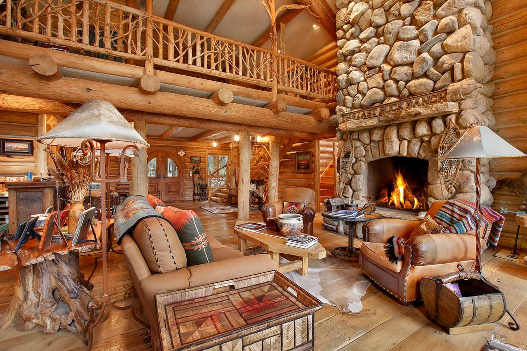 LUXURIOUS RANCH EXPERIENCE IN WATER MILL Water Mill, NY 11976