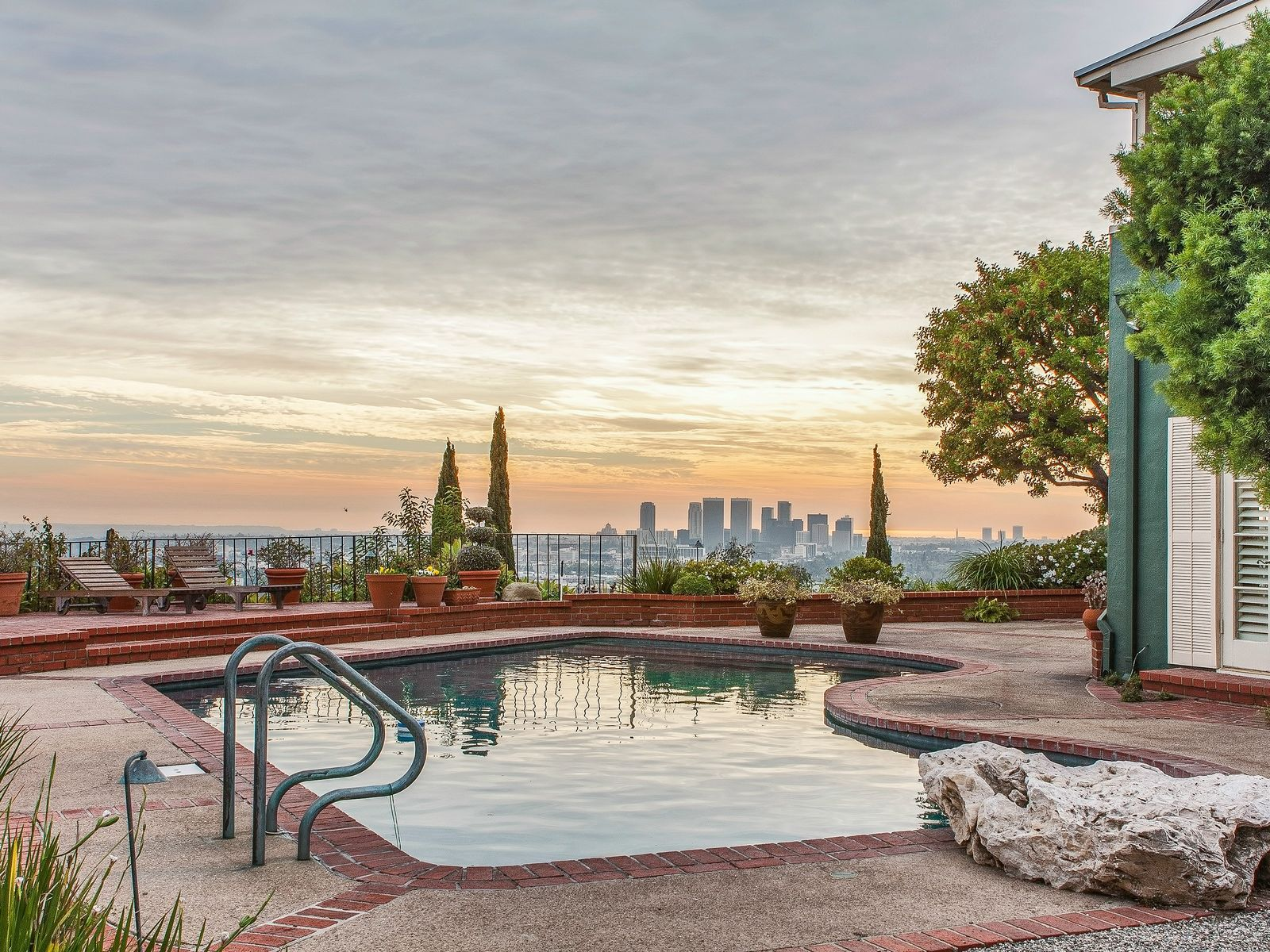 Sunset Strip 180 LA City to Ocean Views, Los Angeles CA Single Family Home - Los Angeles Real Estate