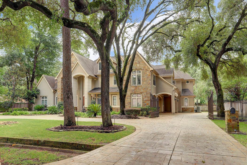 9021 Wickford Drive Houston, TX 77024