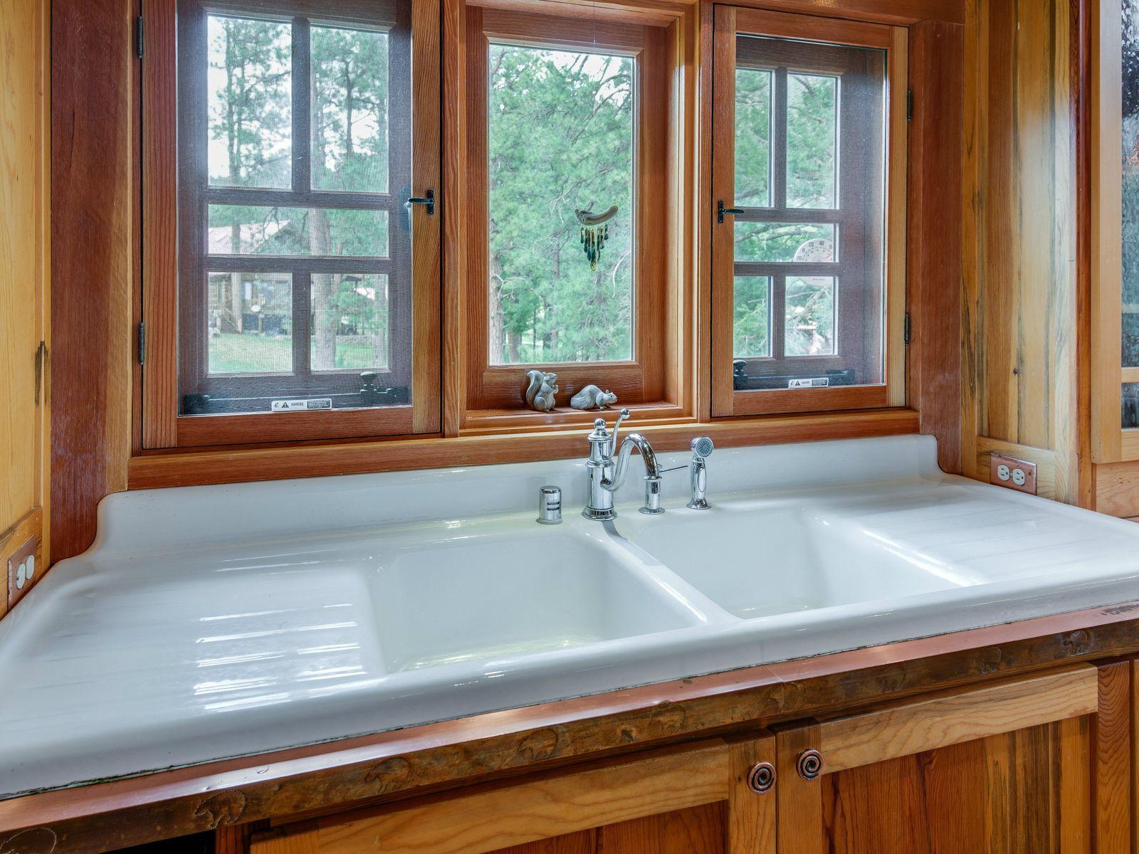 Rustic Reclaimed Log Cabin