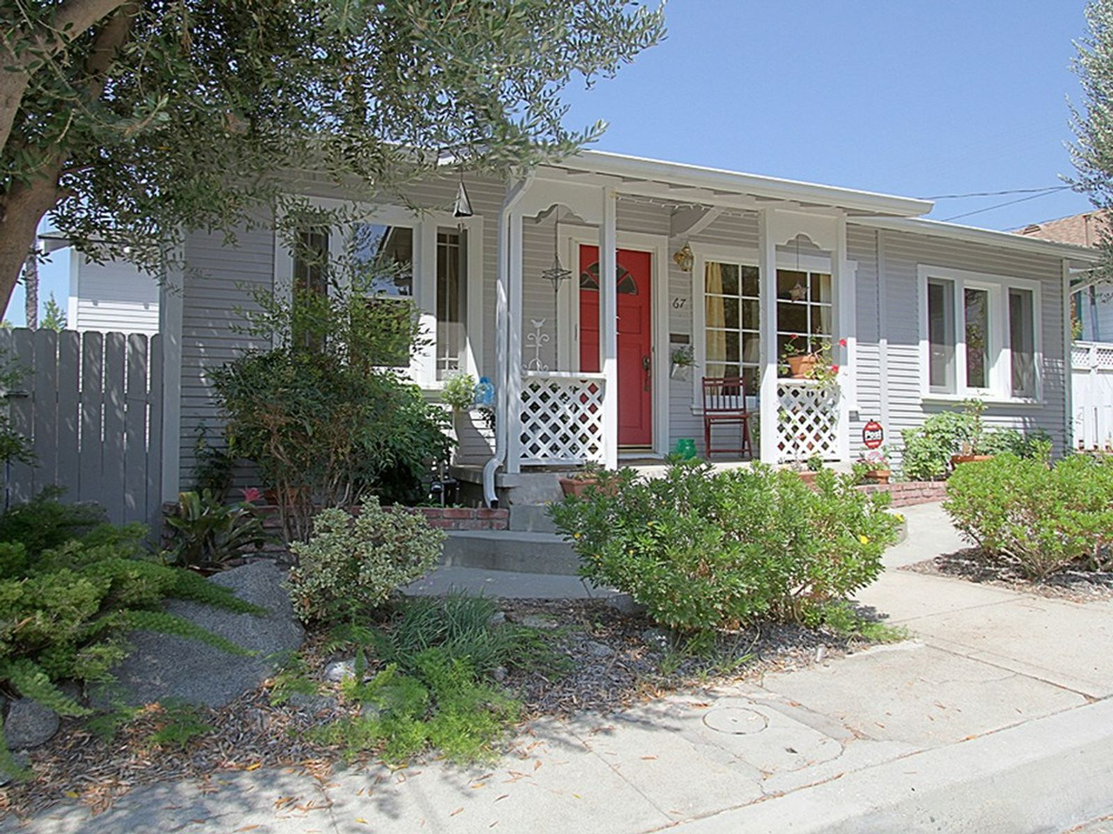 Darling Cottage, Sierra Madre CA Single Family Home - Pasadena Real Estate