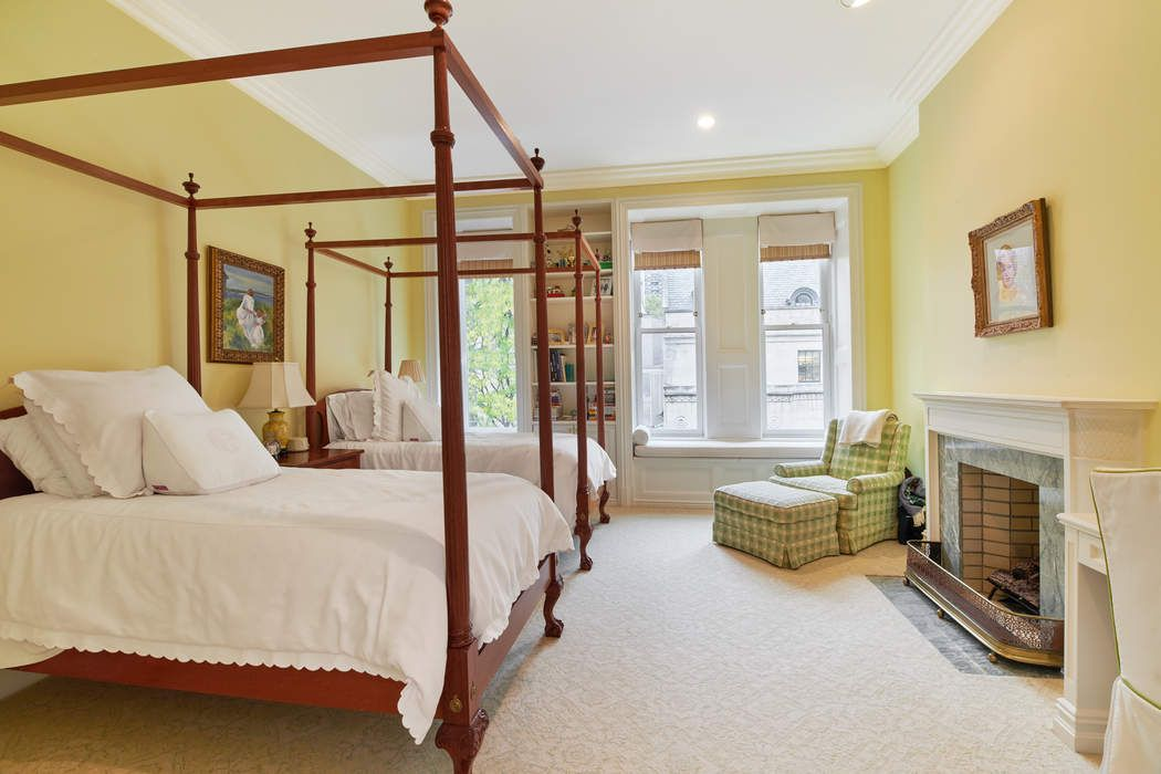 57 East 93rd Street New York, NY 10128