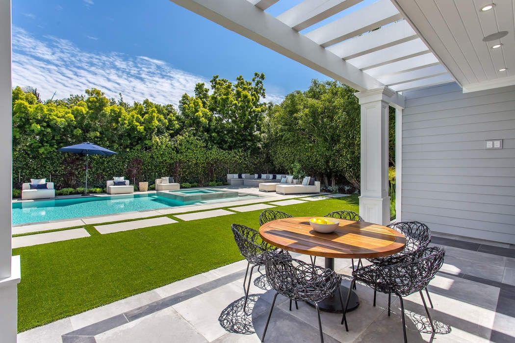 13916 Sunset Boulevard Pacific Palisades, CA 90272