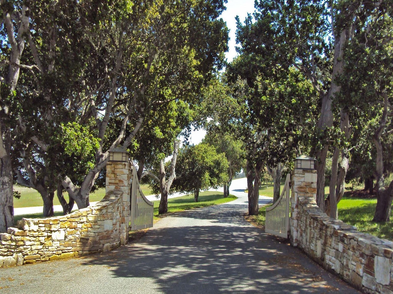 Big Bay Views 2.3 Acres in Monterra