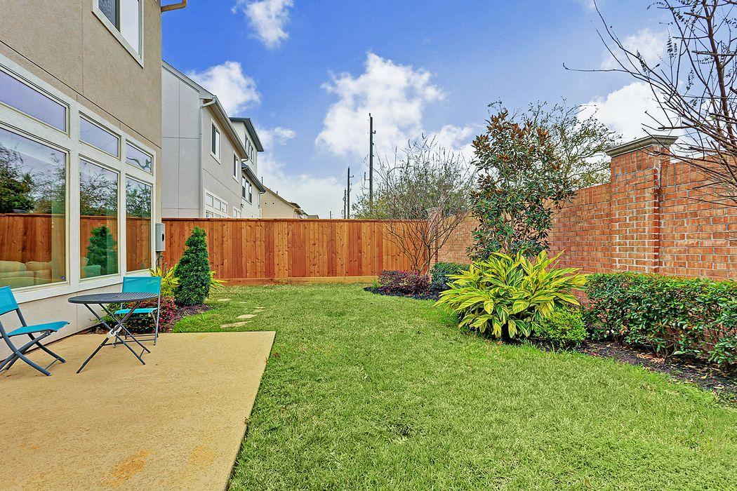11921 Wedemeyer Way Houston, TX 77082