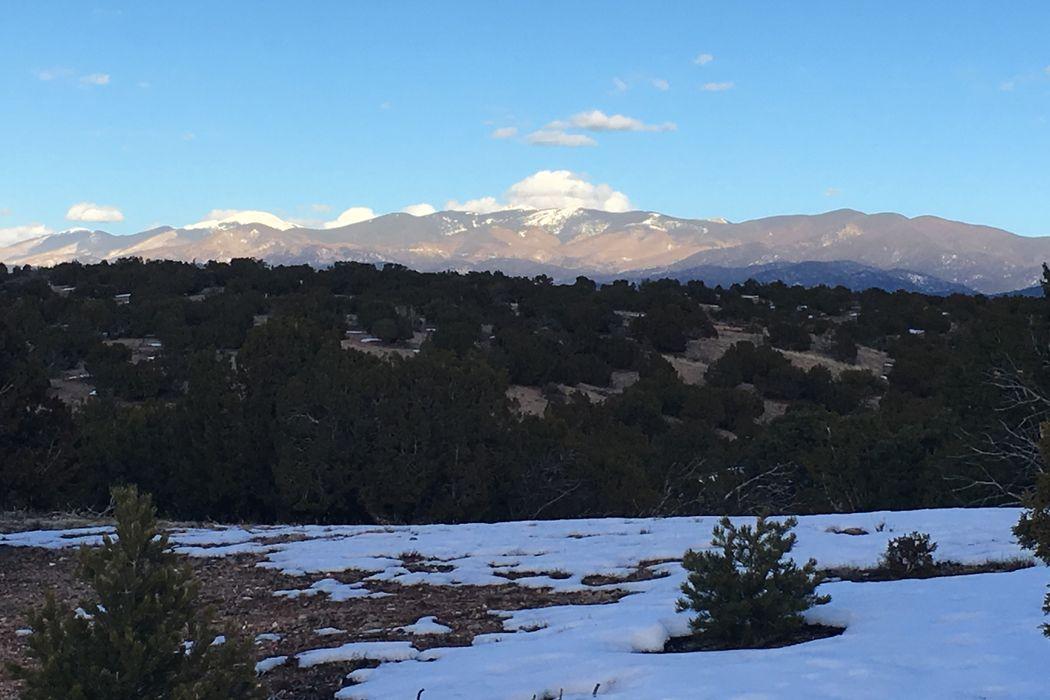 92 Sierra Azul Santa Fe, NM 87507