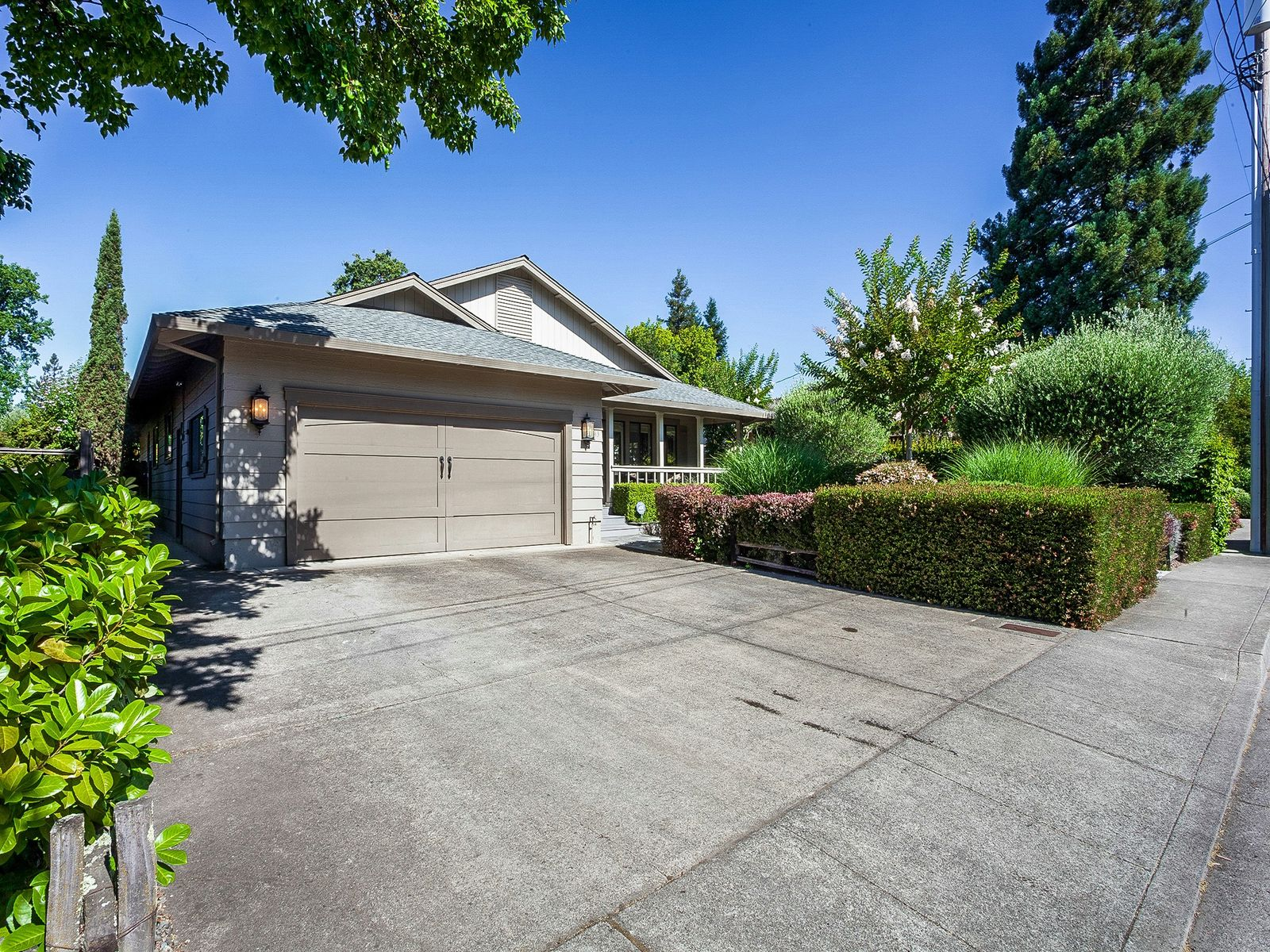 East Side Charmer , Sonoma CA Single Family Home - Sonoma - Napa Real Estate