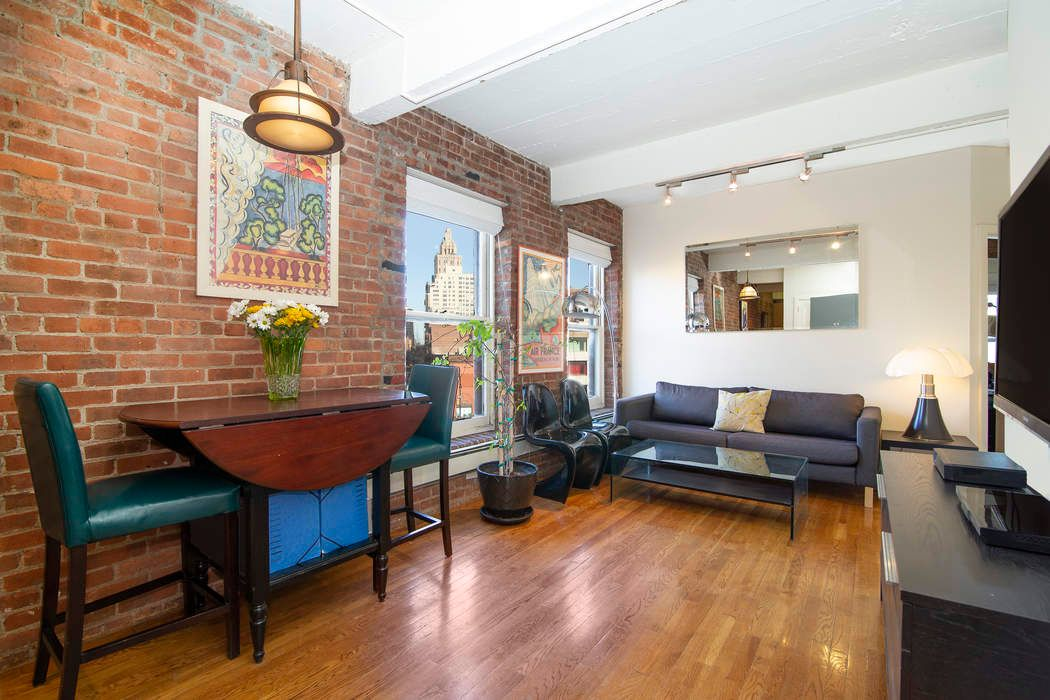 Sun-Kissed Renovated West Village 1 Bed