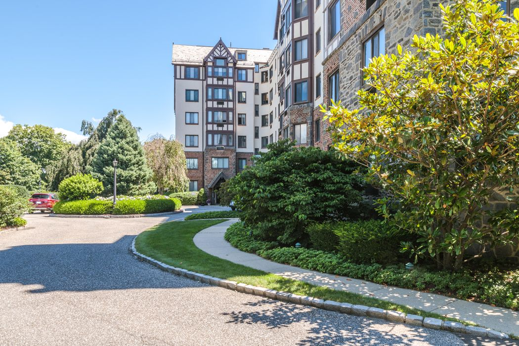 47 Lafayette Place Unit 3f Greenwich Ct 06830 Sotheby
