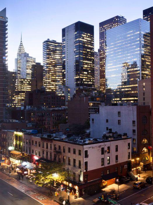 305 East 51st Street New York, NV 10022