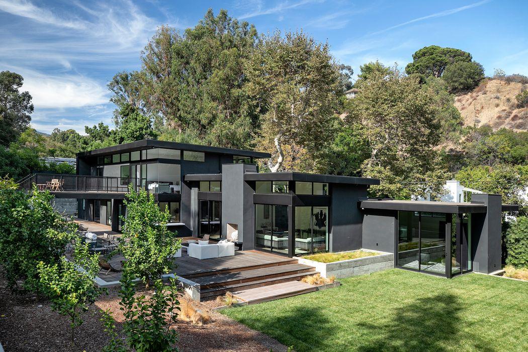 921 Rivas Canyon Road Pacific Palisades, CA 90272