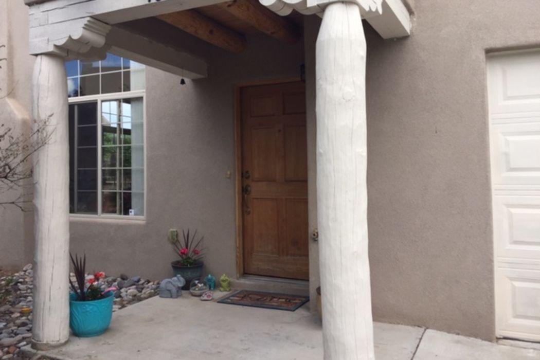 4312 Whistling Moon Lane Santa Fe, NM 87507
