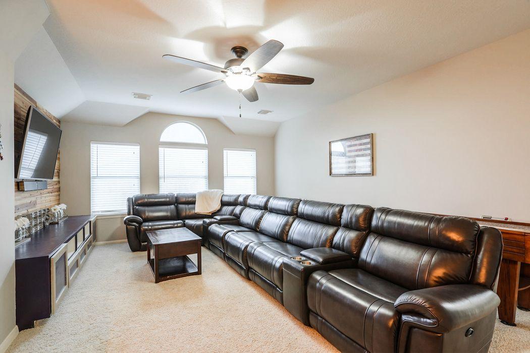 1277 Ocean Manor Lane League City, TX 77573
