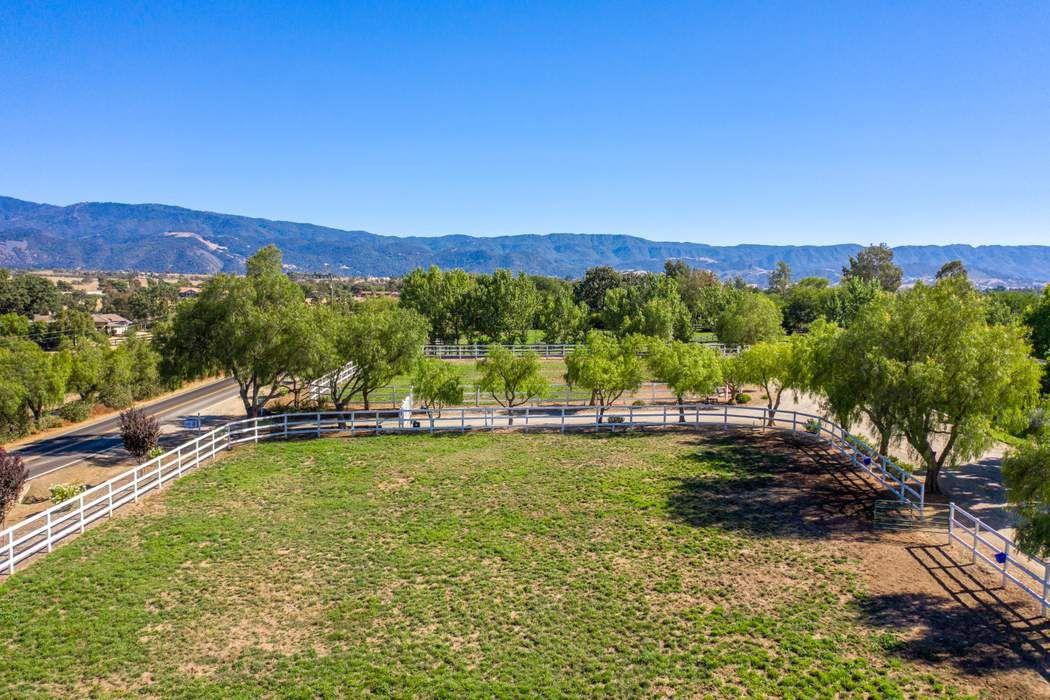 1559 Edison Street Santa Ynez, CA 93460