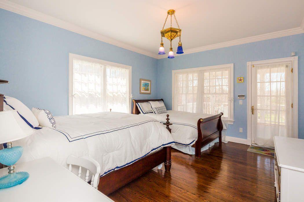 Elegant Victorian With Spectacular Views Montauk, NY 11954
