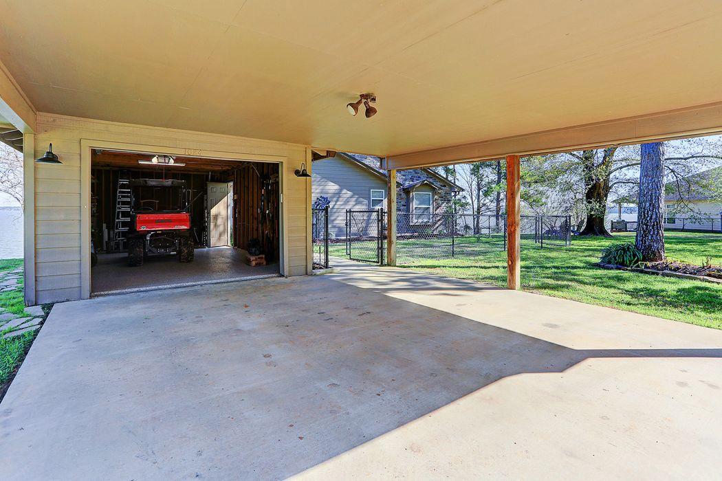1084 Indian Hill Boulevard Livingston, TX 77351