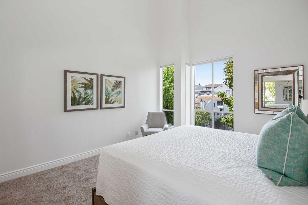 1930 S. Beverly Glen Blvd #305 Los Angeles, CA 90025