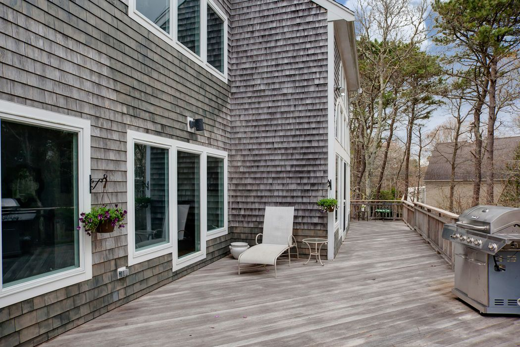 100 Meadow Neck Road East Falmouth, MA 02536