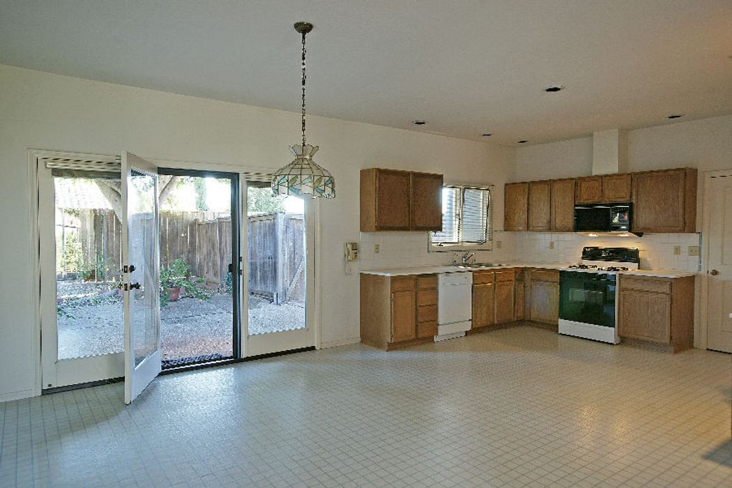 3727 Cedar Vista Santa Barbara, CA 93110