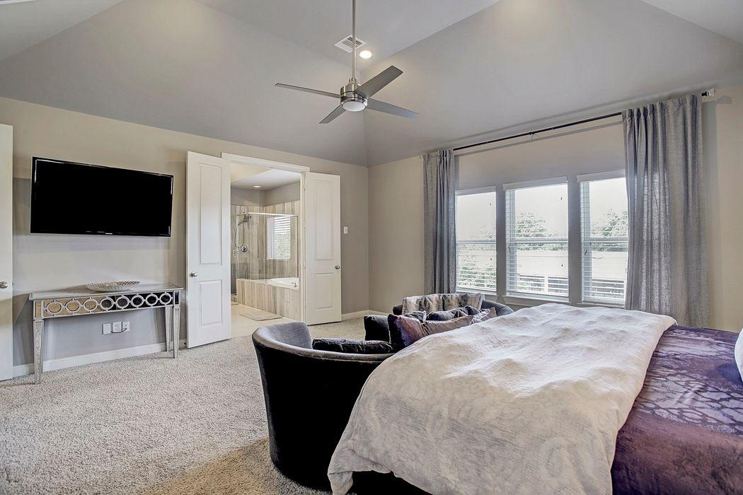 1749 Upland Lakes Houston, TX 77043