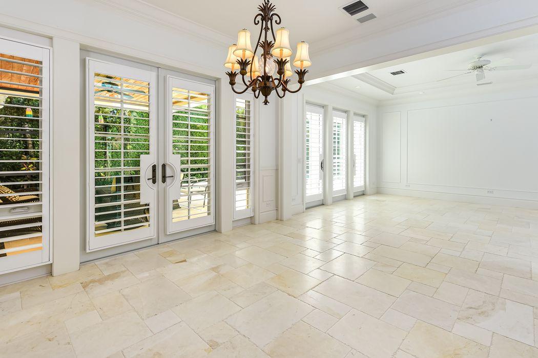 268 Jamaica Ln Palm Beach, FL 33480