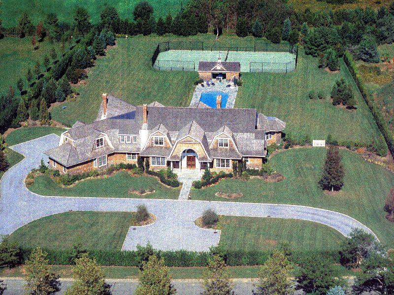 On Jule Pond  Sensational Fordune Estate